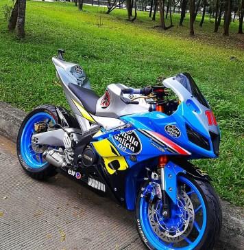 Modifikasi Yamaha R15 V2 Keren Abis