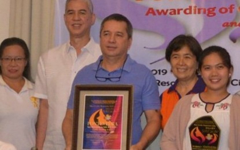 Negros Occidental's 10 Most Gender-Responsive LGUs Feted