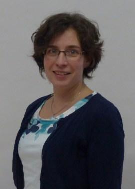 Dr. Simone Wustrack