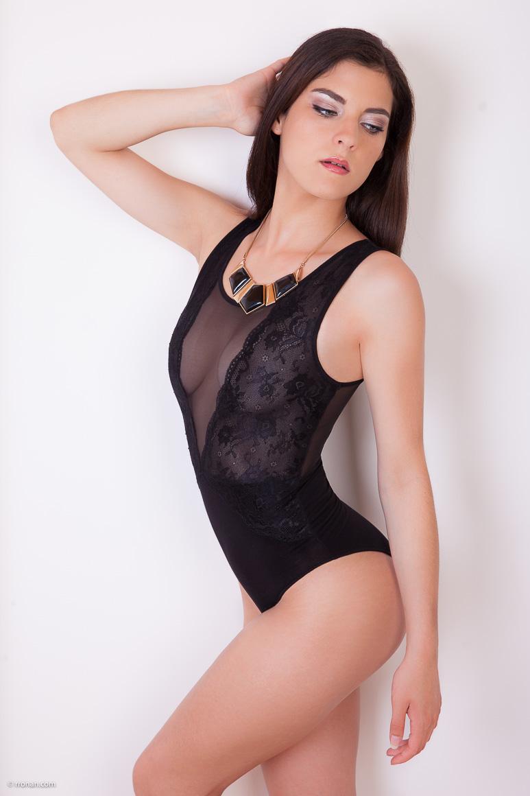 Body noir pour Marie-Laure en studio