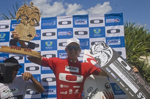 Owen Wright (AUS/Lennox Head/NSW) wins the Oakley Pro Junior.