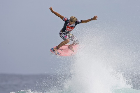 Julian Wilson flying at last years Quiksilver Pro.