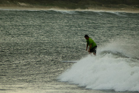 Late arvo and the sets getting a bit bigger and more consistent.