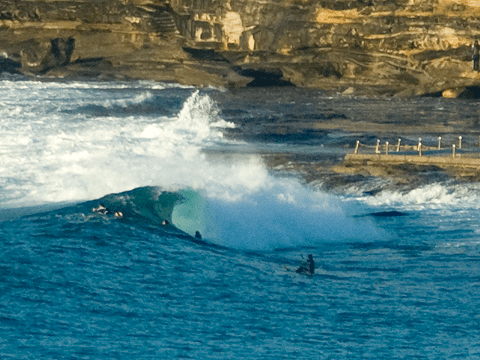 Bodyboarder gets one at the point