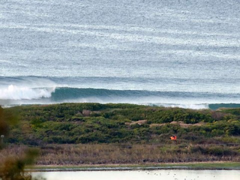 New swell showing...