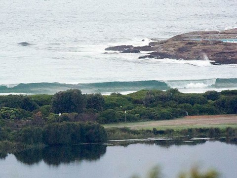 No one around to chase this glassy shutdown.