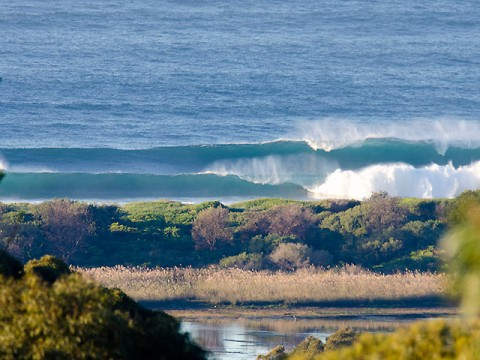 Too much swell for the banks @0730