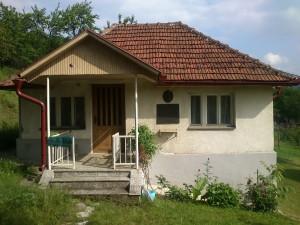 Кућа Алексе Дејовића, металског радника, предратног члана КПЈ, првоборца НОБ и политичког комесара друге пролетерске бригаде