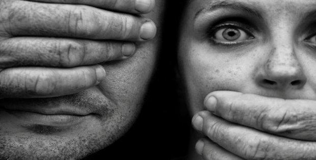 El maltrato de pareja