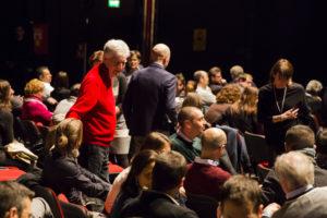 Platea dei Collaboratori CGN a teatro con gli Esploratori Culturali