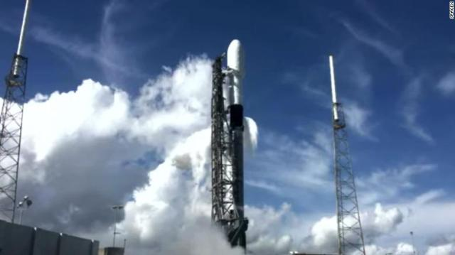 spacex-falcon-9-launch-1213