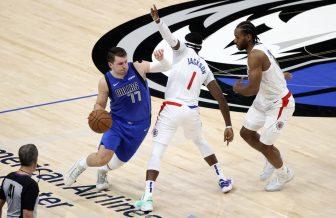 WATCH: Chris Paul, Phoenix Suns crush Denver Nuggets for 2-0 lead