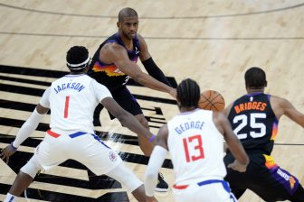NBA Los Angeles Clippers at Phoenix Suns 15982105 336x224 17