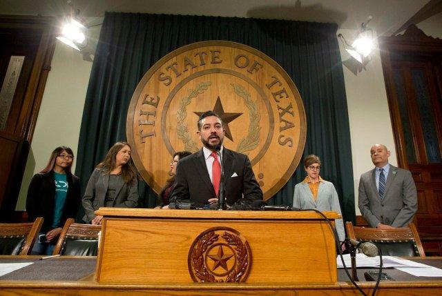 El Paso's Blanco among 9 no-shows as Texas Senate passes voting restrictions bill