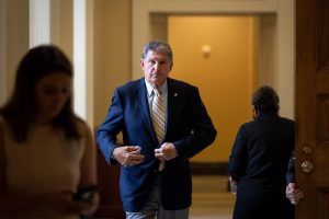 Manchin meets with Moody, Texas Dems on federal voting rights