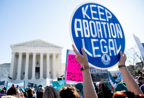 Texas 6-week abortion ban in effect after no Supreme Court action
