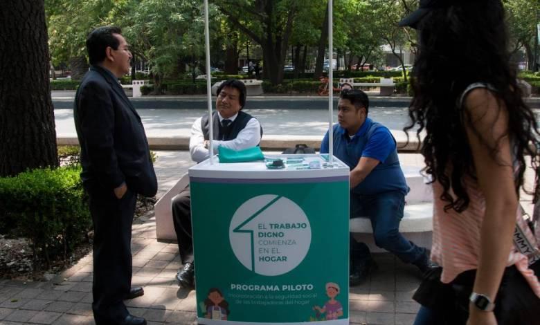 Photo of Afilian a 12 mil trabajadoras del hogar al IMSS