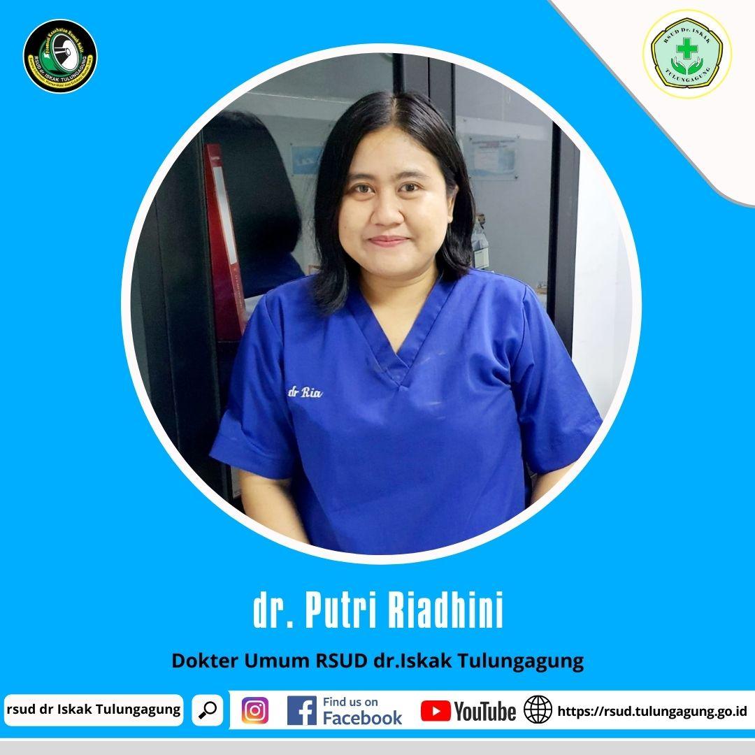 dr. PUTRI RIADHINI