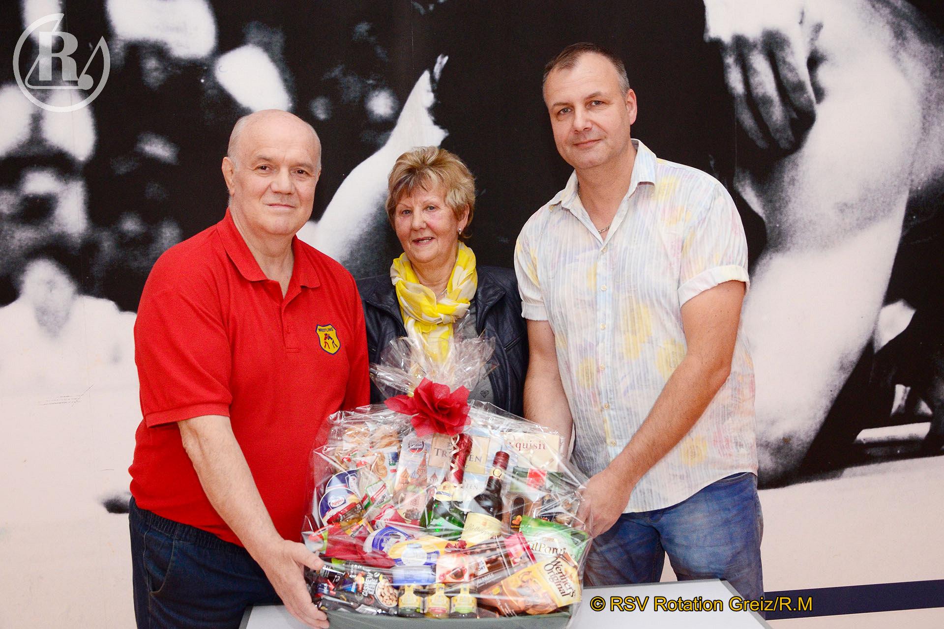 RSV Rotation Greiz ehrt sein Ehrenmitglied Luise Wendler