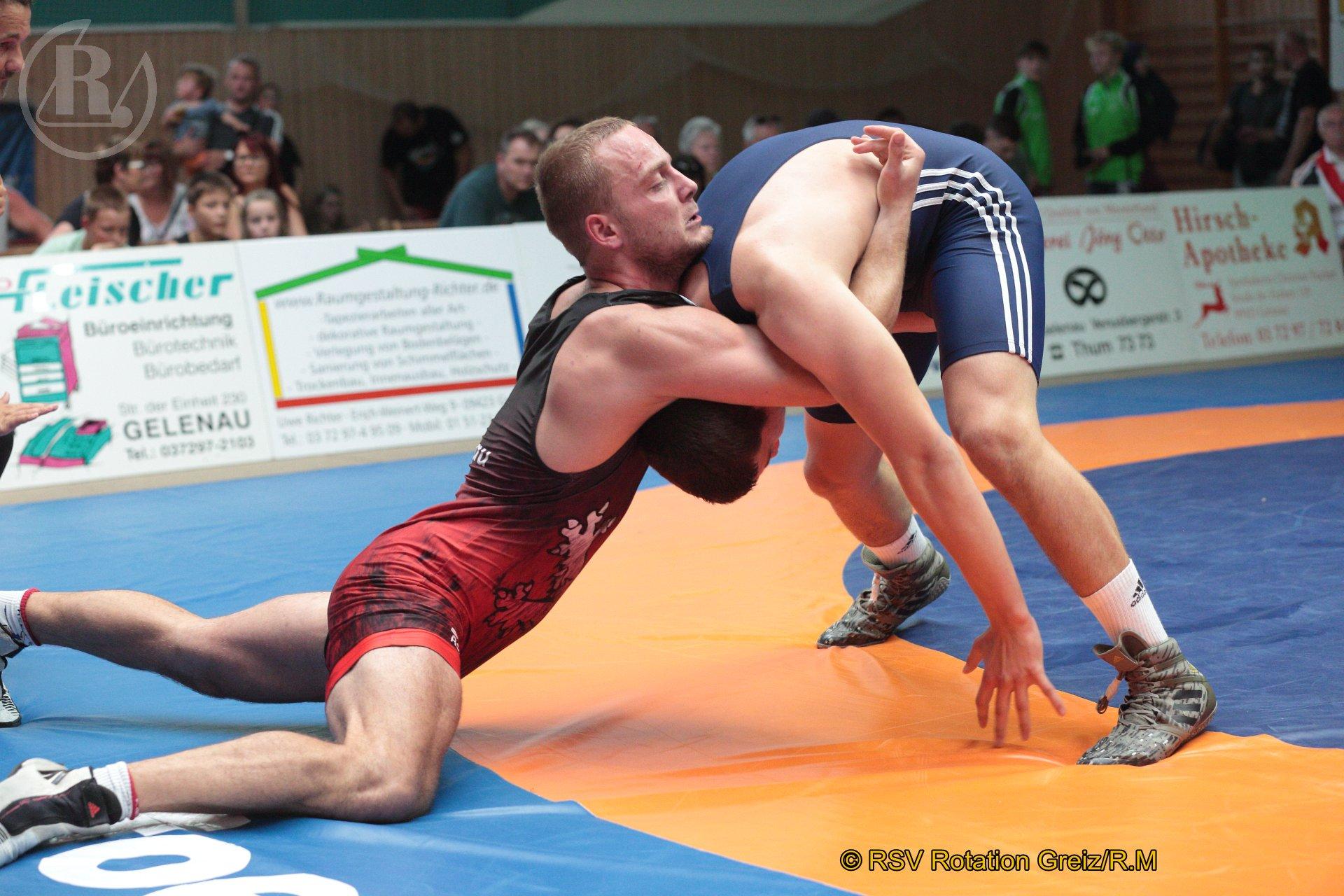 87 kg Freistil: Kästel, Lucas, WKG Gelenau II/Chemnitz gegen Opiela, Nori (blaues Trikot), RSV Rotation Greiz II - 0:2/PS/1:5/06:00