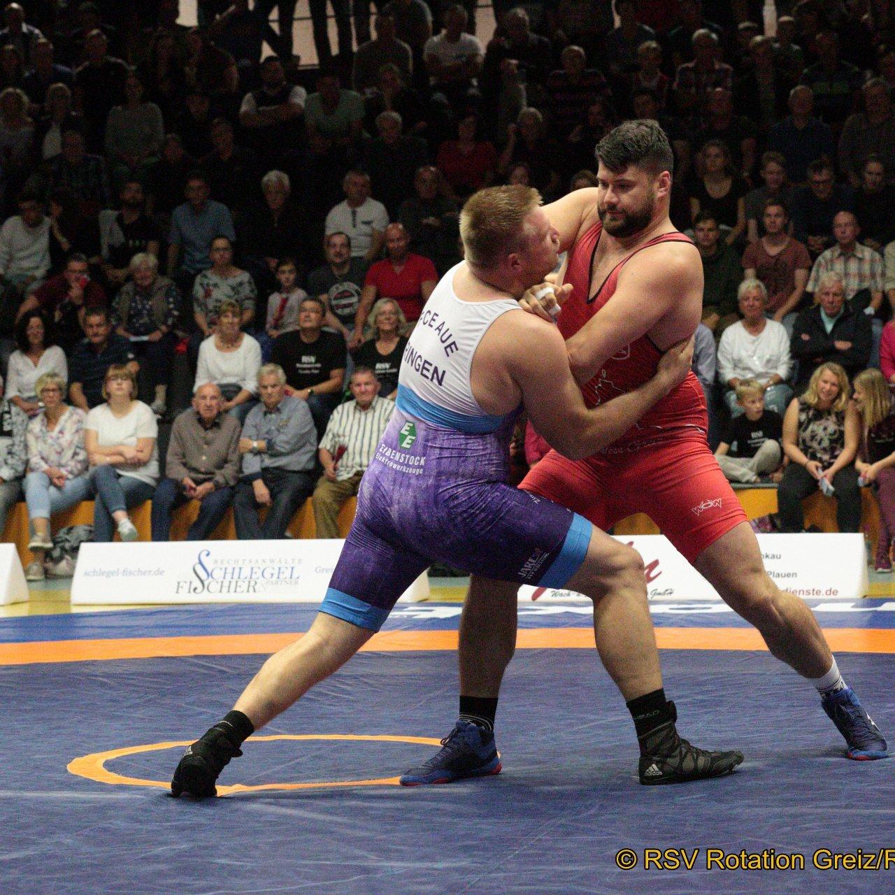 130kg Greco Alin Alexuc-Ciurariu EU (5) (rotes Trikot), RSV Rotation Greiz gegen Christian John (3), FC Erzgebirge Aue 2:0/PS/7:3/06:00