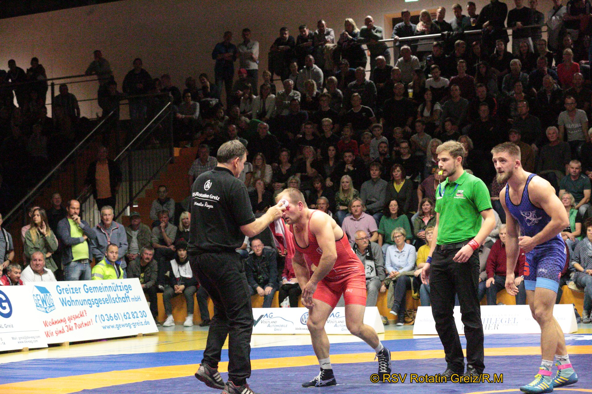 80kg Freistil: Martin Obst (3) (rotes Trikot), RSV Rotation Greiz gegen Andrzej Sokalski EU (5), AC Lichtenfels 1:0/PS/5:3/06:00