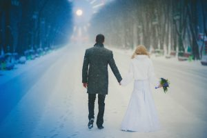 winter-wedding-picture