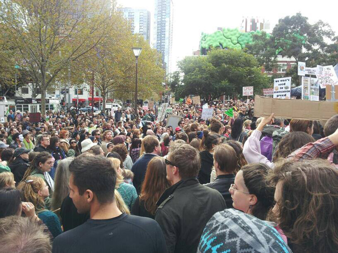 Over a thousand people take to streets in Melbourne for the March Against Monsanto (image from Revolution News's Photos facebook page)