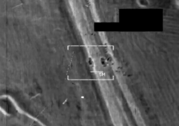 An image grab taken from a handout video released by the United States Central Command (Centcom) on August 8, 2014, shows a US military F/A-18 Hornet fighter jet strike on what the US army says is an Islamic State (IS) target at an undisclosed location in northern Iraq. (AFP PHOTO / HO / CENTCOM)
