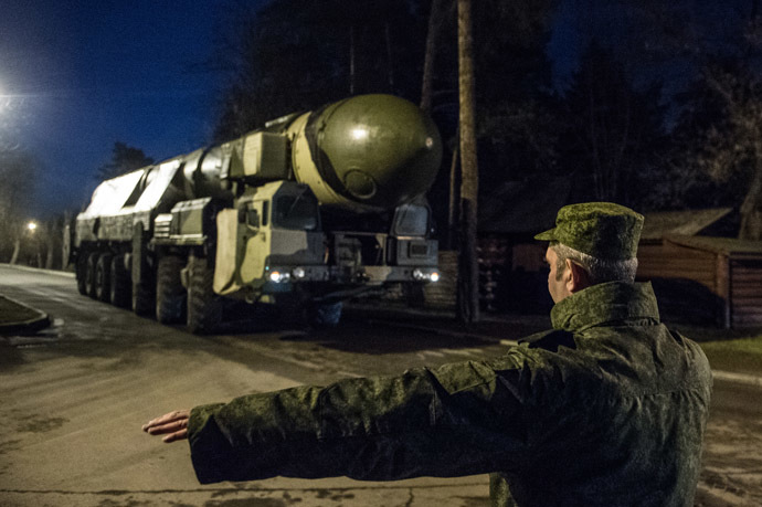 A Topol intercontinental ballistic missile launcher with a transport. (RIA Novosti / Ramil Sitdikov)