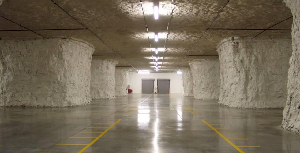 Instalaciones del centro de datos Cavern Technologies