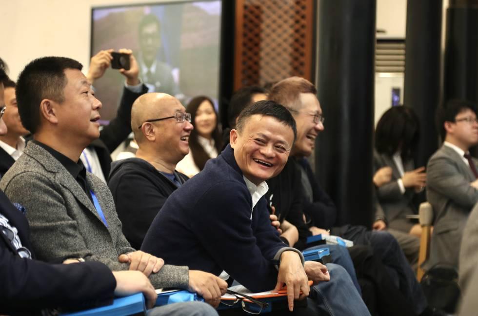El presidente de Alibaba Group, Jack Ma, en la Universidad de Hupan el 27 de marzo