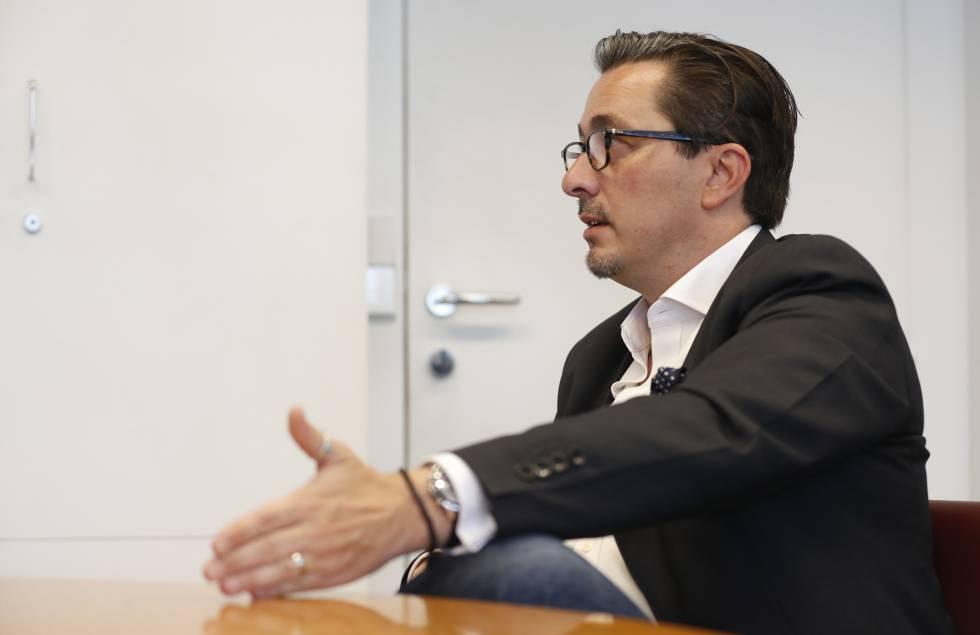 Carlos Santiso durante la entrevista.