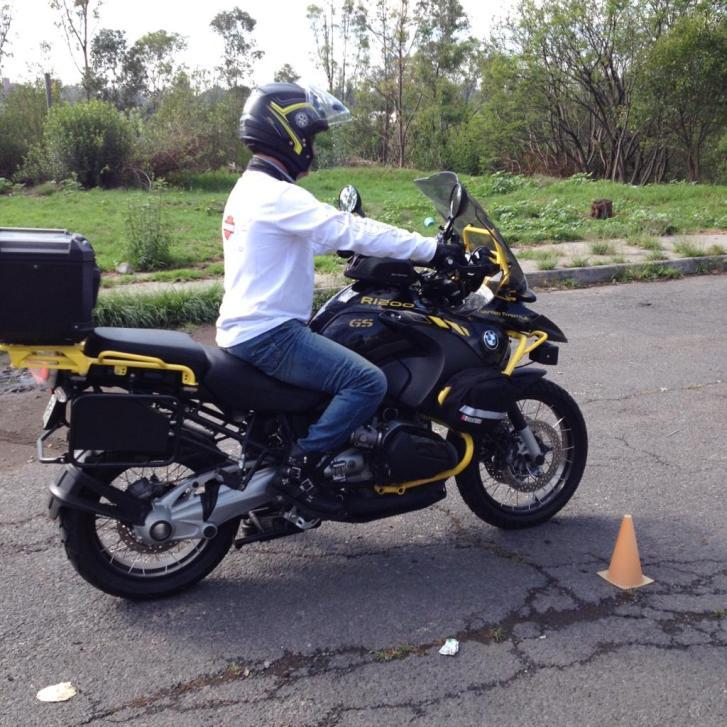 CLASES DE MOTOCICLETA EN MONTERREY MANEJO CURSO