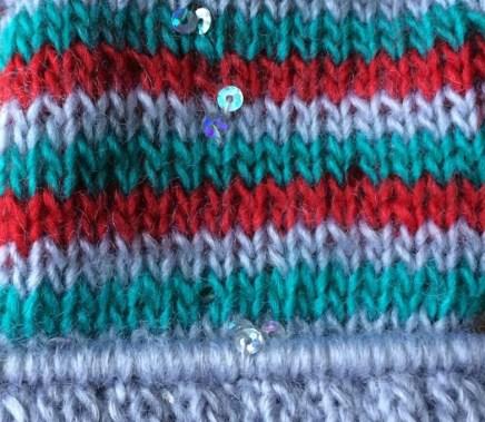 grey welt, red green grey