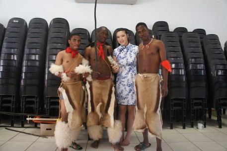 En costumes traditionnels au Swatziland