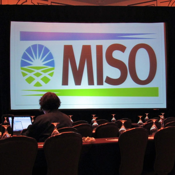 ferc reactive power miso