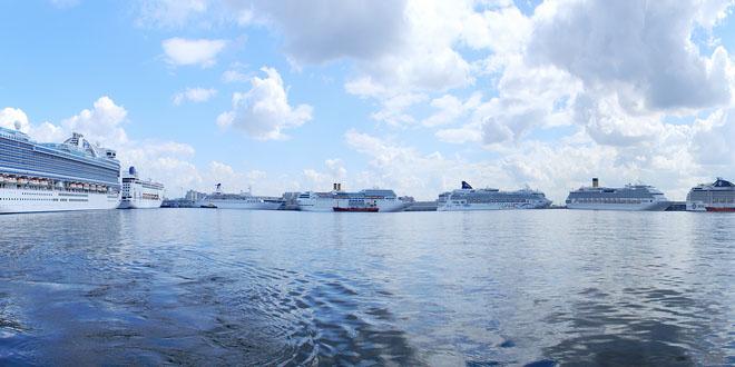Пассажирский порт Санкт-Петербург подвел итоги навигации 2018 года
