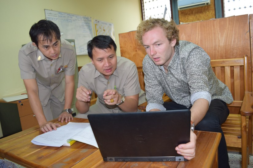 From left to right: Vacky Wangyeng, Saythong Insarn (LGTC) and Johannes Zeck (BHS)