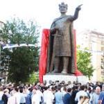 Поводом нереда у Београду Митровчани се спонтано окупили