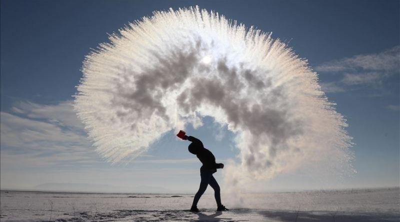 Mpemba efekt: Vrela voda i niske temperature stvaraju zapanjujuće prizore