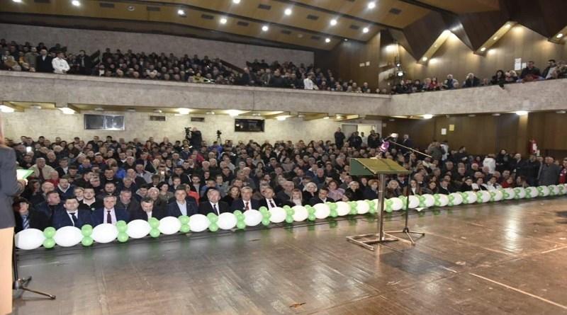 Krcato u Prijepolju, SDP u punoj sali, tražilo se mesto više