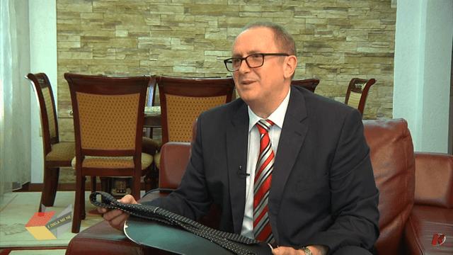 Ermira Selami-Njihuni me jetën dhe veprimtarinë politike tëBardhyl Mahmutit (TV Koha)