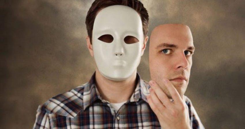 7 sjelljet e fshehta të hipokritëve
