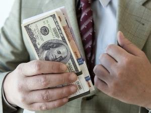 Что грозит за хищение бюджетных денежных средств в размере 300 000 рублей