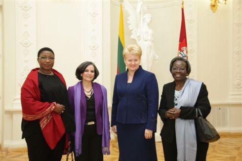 Президент Литовской Республики Даля Грибаускайте провела традиционную ежегодную встречу с аккредитованными в Литве иностранными послами. Фото: пресс-служба президента