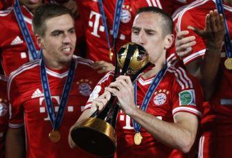 """Но главные достижения Рибери говорят сами за себя - """"Бавария"""" вместе с ним выиграла чемпионат Германии, Кубок Германии, Лигу чемпионов и клубный чемпионат мира."""
