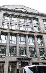 Минфин РФ предложил наказывать за использование биткоина Министерство представило на обсуждение законопроект, устанавливающий штрафы для физических и юридических лиц, использующих или распространяющих криптовалюты. Под эти ограничения подпадает и биткоин. За его выпуск предлагается взимать с граждан от 30 до 50 тыс. рублей, а с компаний – до 1 млн рублей.