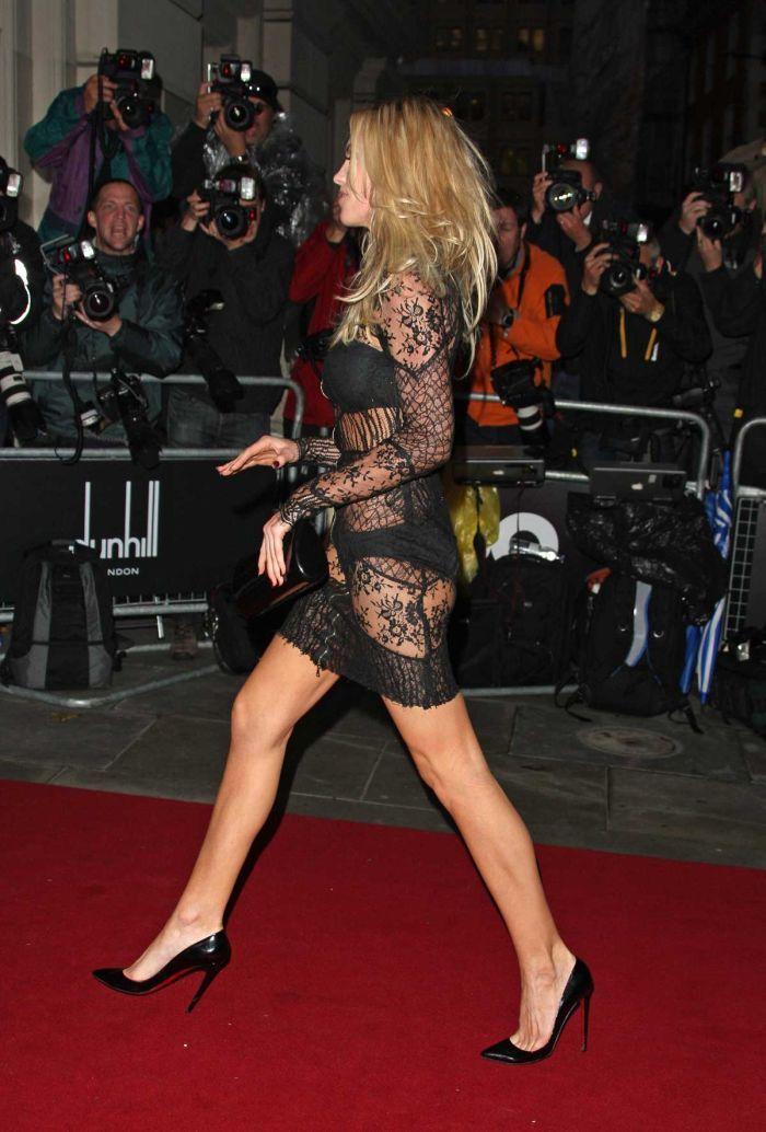 Эбигейл Клэнси в прозрачном платье (9 Фото)
