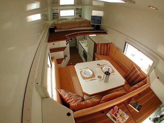 Идеальный дом на колесах для путешествий по пустыне (35 фото)